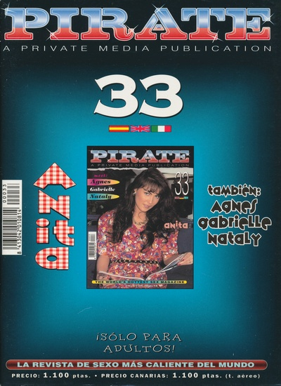 Front cover of Pirate 33 magazine